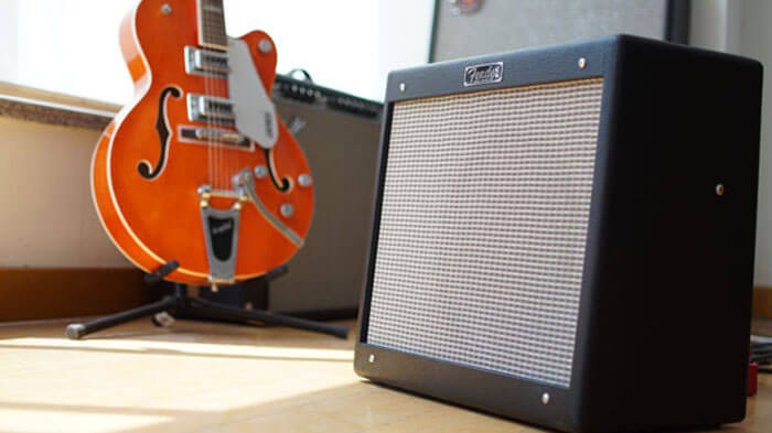 Fender 芬达 Blues Junior SE 全电子管 电吉他音箱 吉他音箱